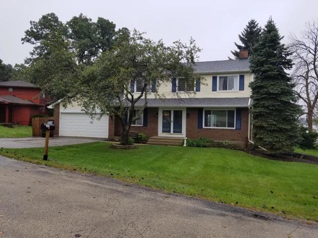 2393 Grass Lake Road, Lindenhurst, Illinois 60046