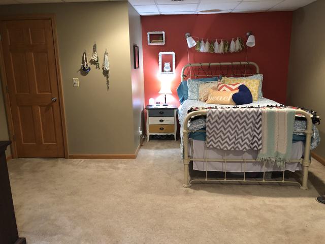 70 Mary Senica, LaSalle, Illinois, 61301