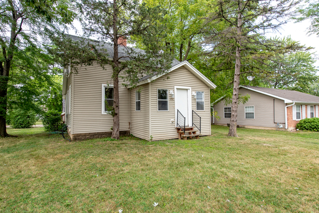 204 East Grand Avenue, Lake Villa, Illinois 60046