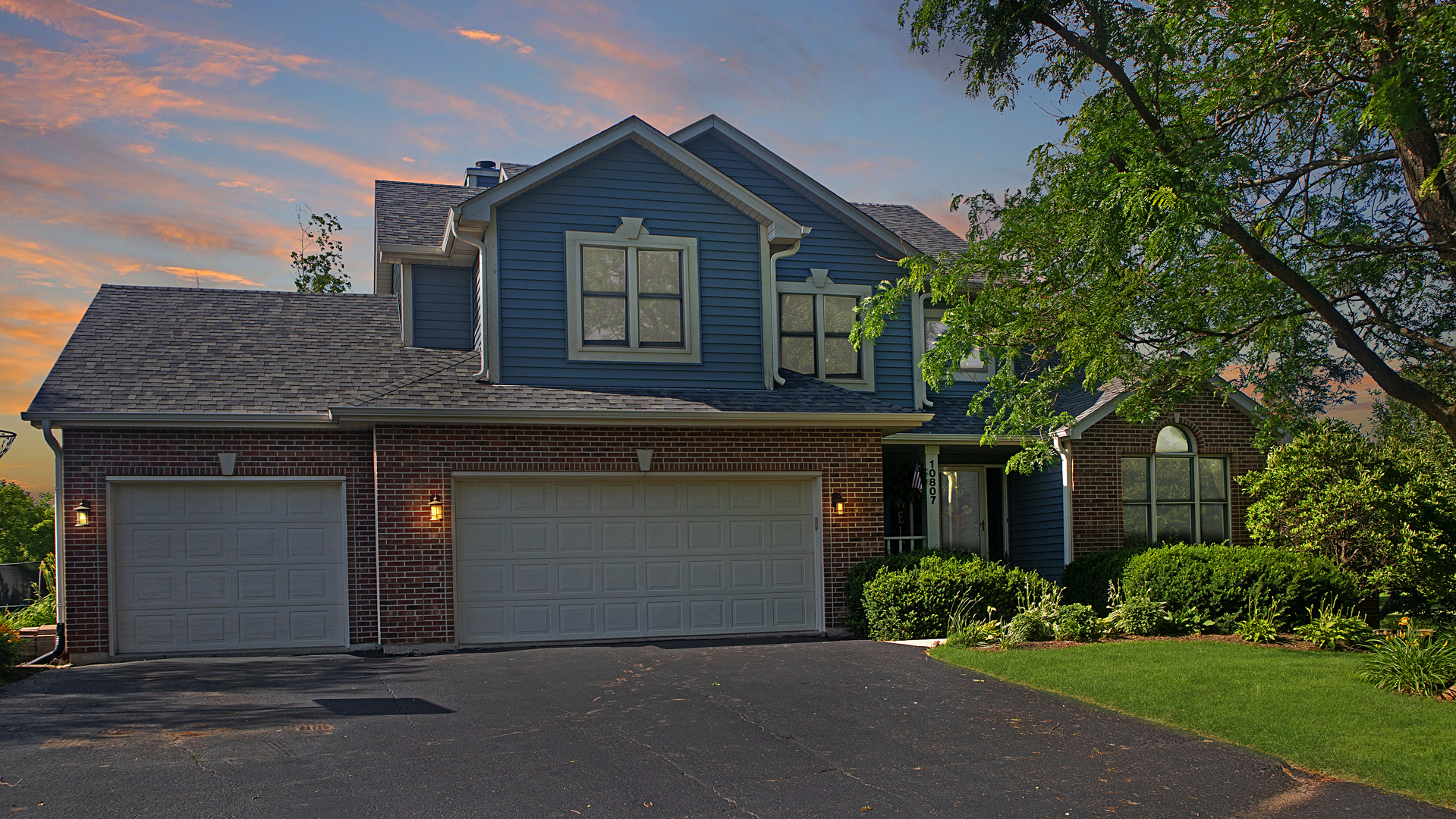 10807 Michigan Drive, Spring Grove, Illinois 60081