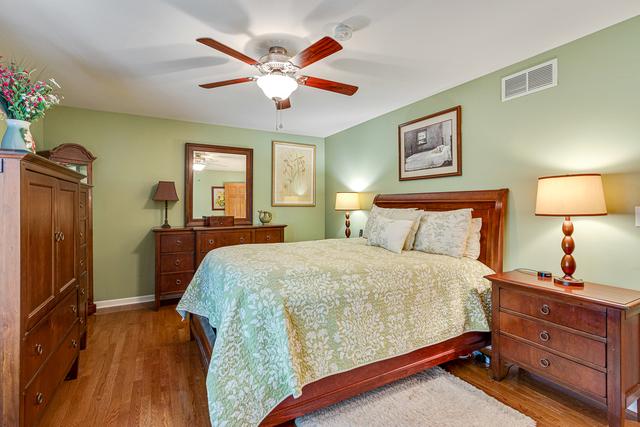 1737 PATRICIA, ST. CHARLES, Illinois, 60174