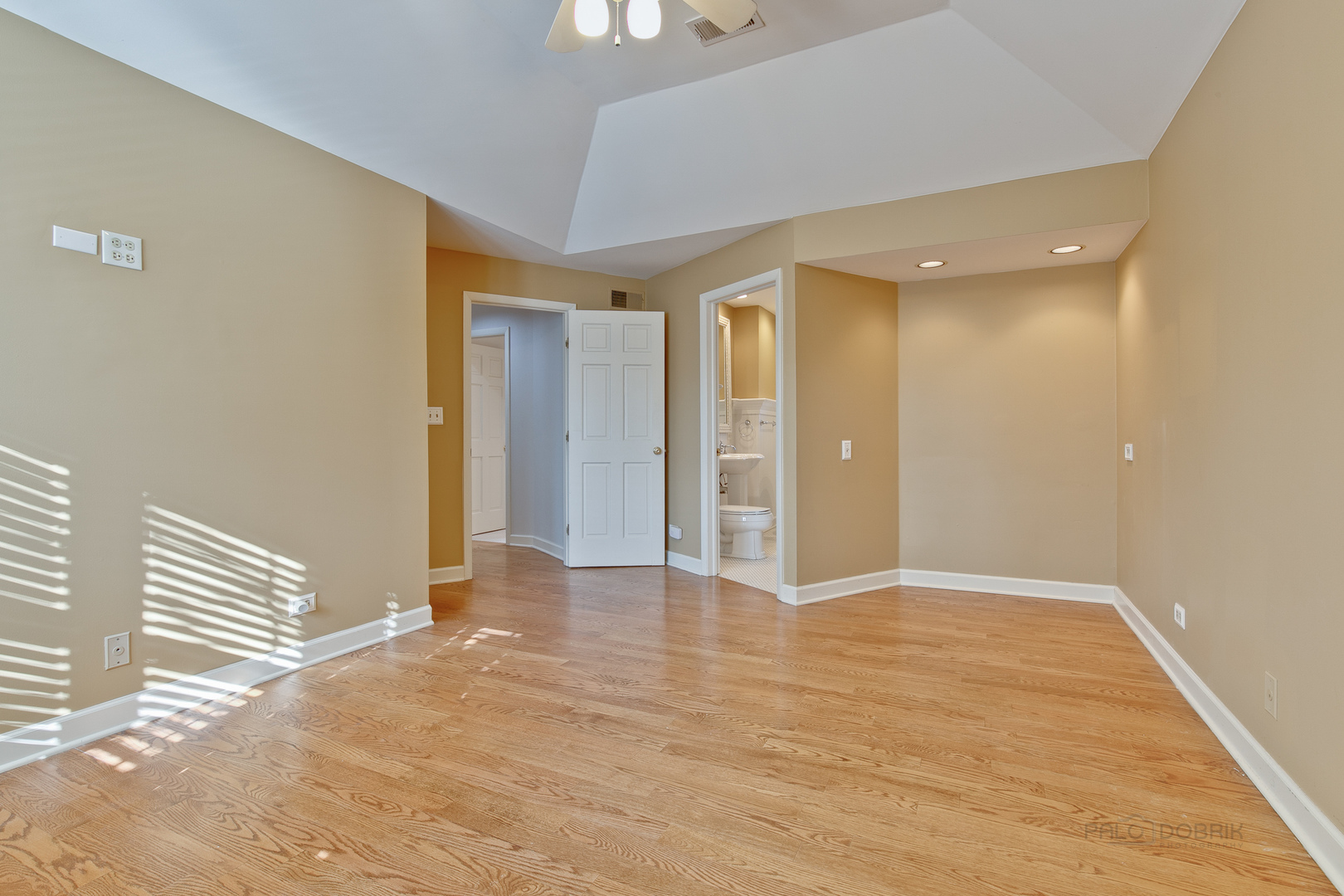 503 West 8th, Hinsdale, Illinois, 60521