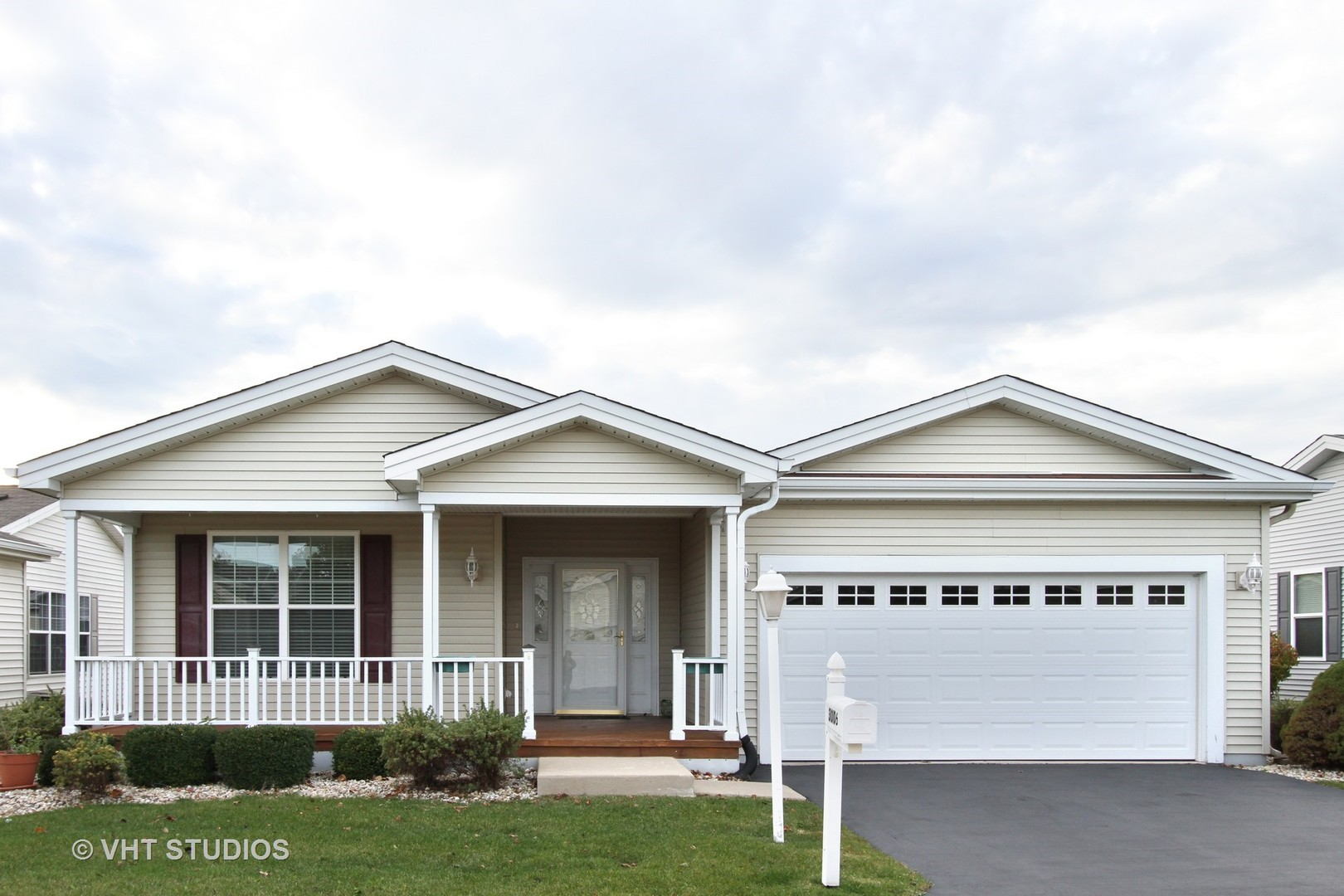 Homes for sale in the Saddlebrook Farms subdivision | GRAYSLAKE ...