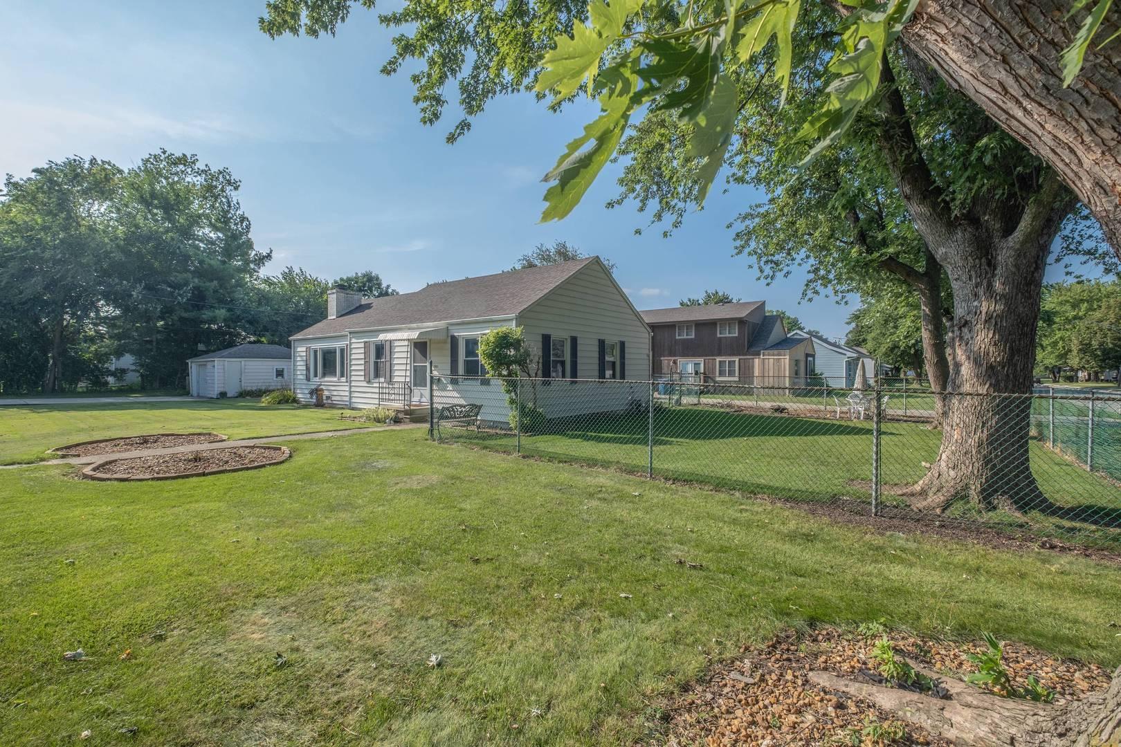 1901 Wilcox, Crest Hill, Illinois, 60403