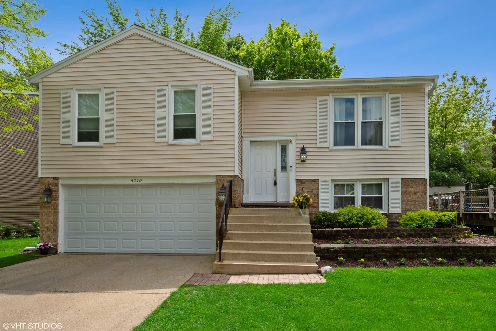 5010 Lichfield, Hoffman Estates, Illinois, 60010