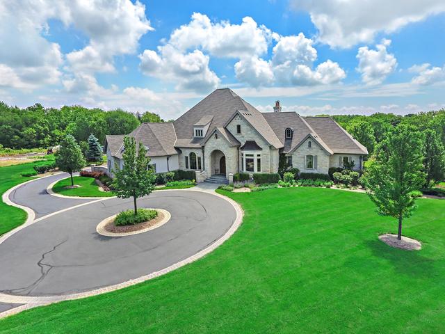 2641 Sanctuary Lane, Spring Grove, Illinois 60081