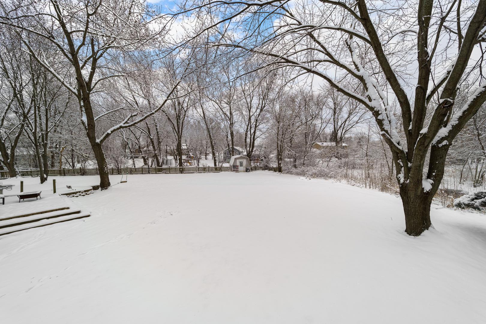 1134 Lightning, Carol Stream, Illinois, 60188