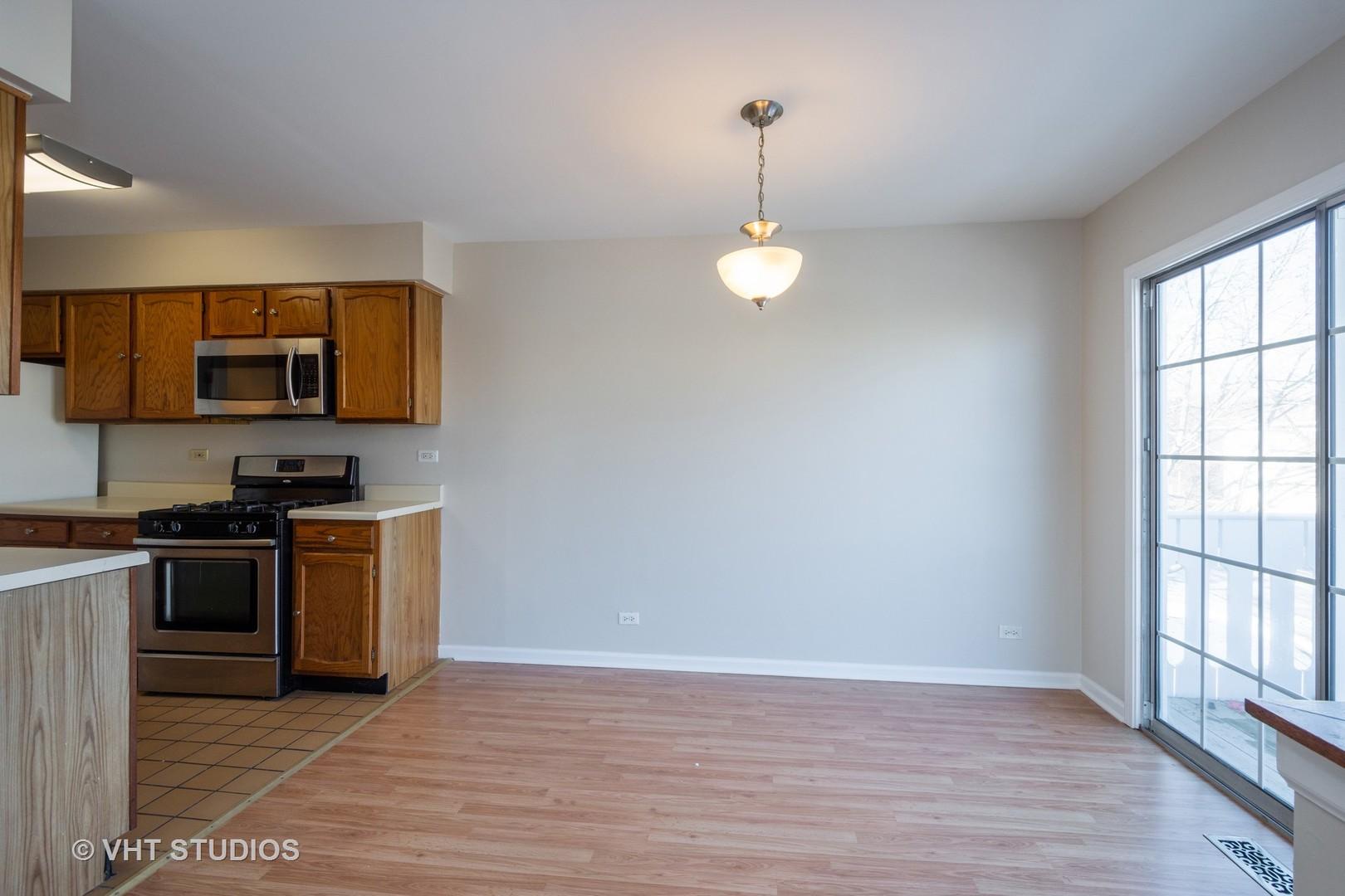 377 Ashwood 377, Vernon Hills, Illinois, 60061