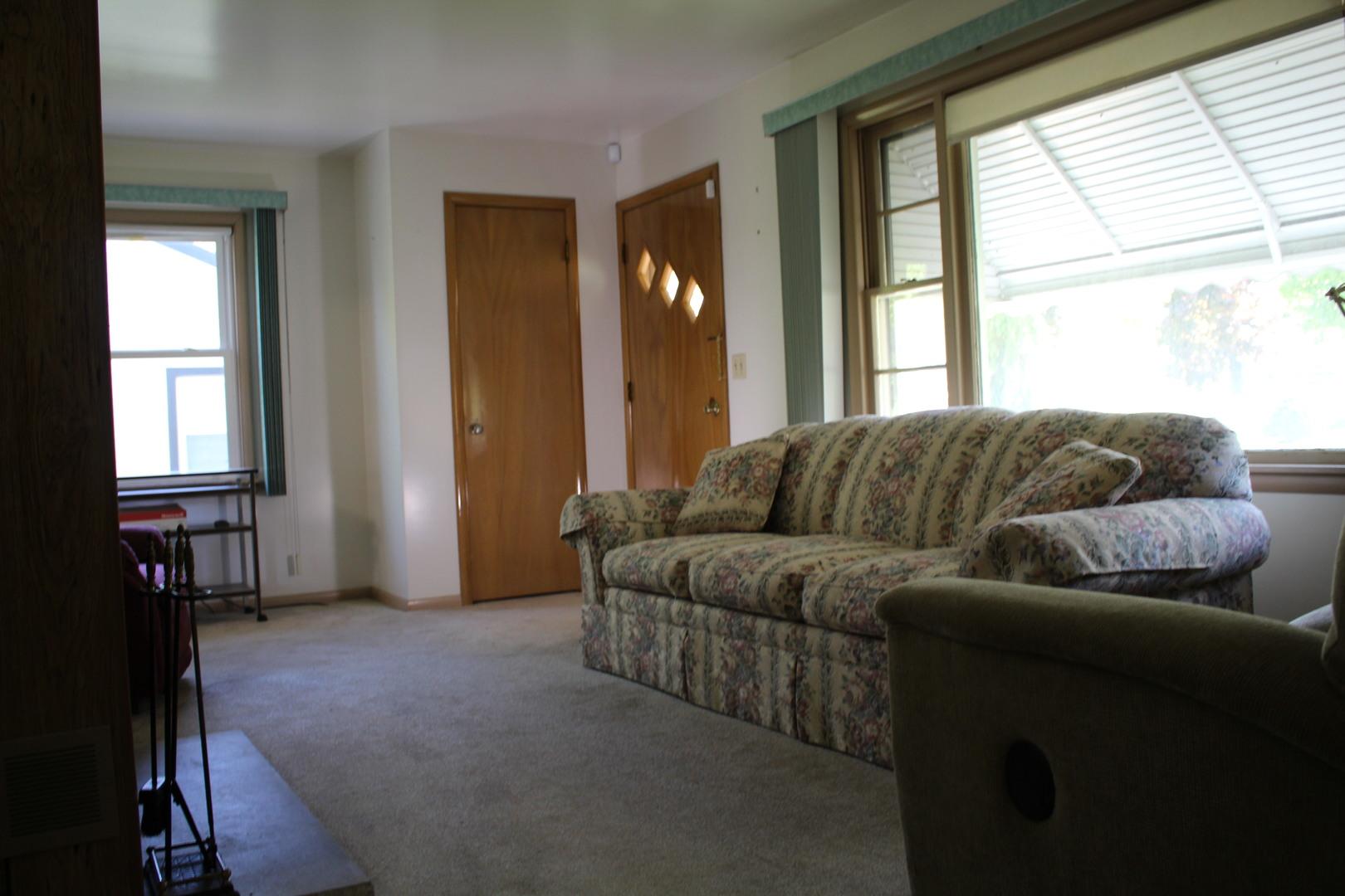 117 North Chase, BARTLETT, Illinois, 60103