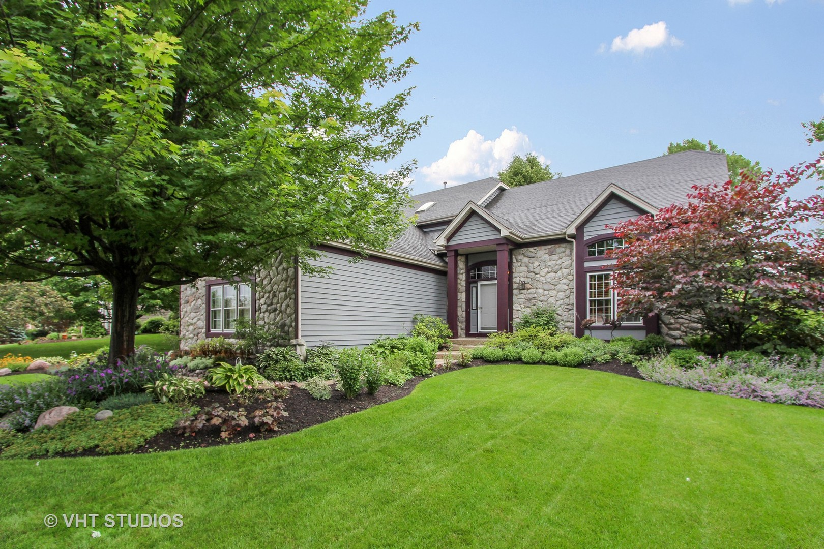 1191 Rodgers Lane, Lake Zurich, Illinois 60047