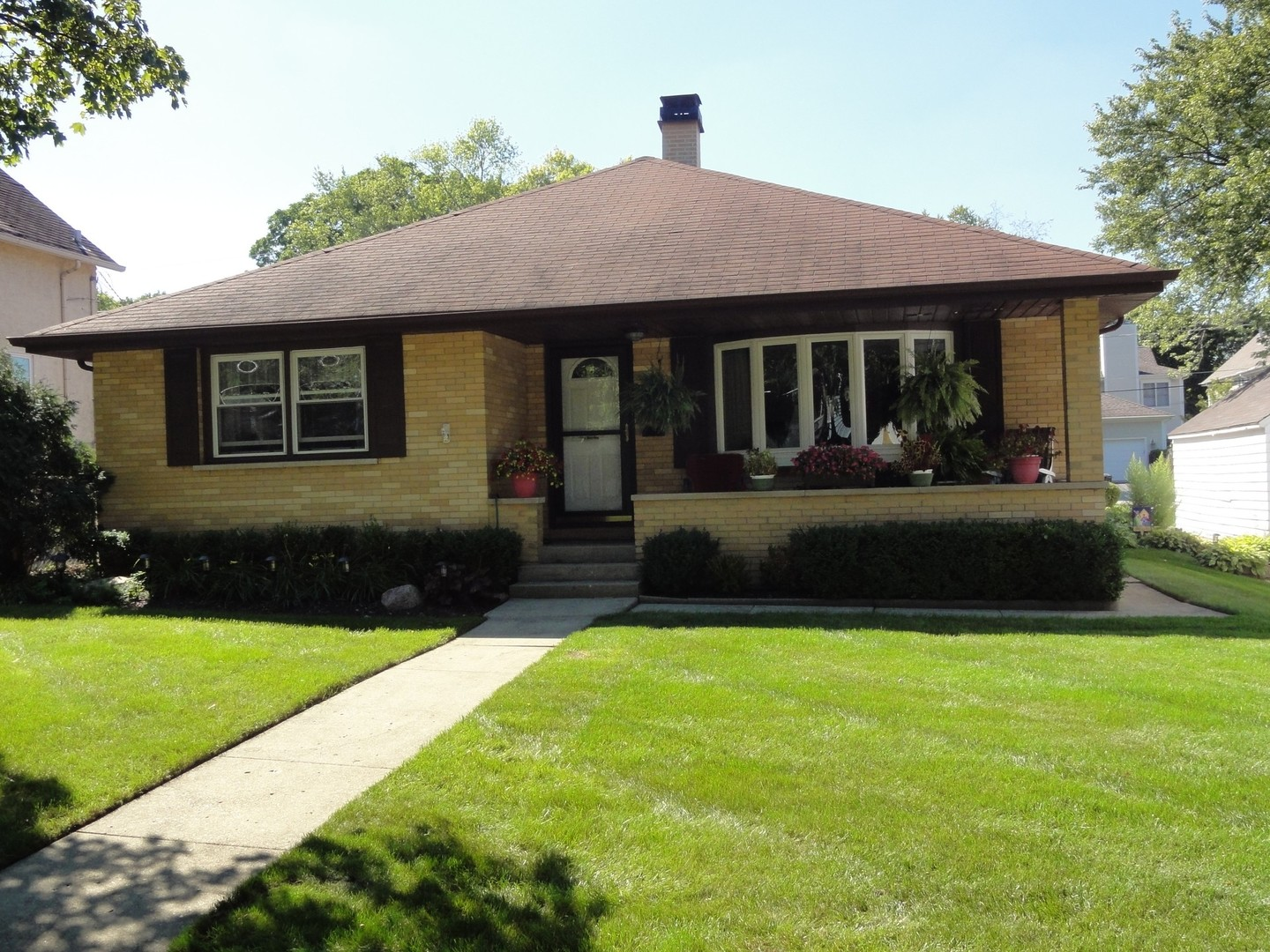 211 4th Street, Libertyville, Illinois 60048