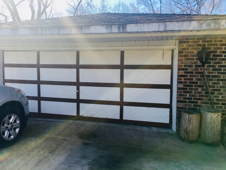305 East Taylor, BARTLETT, Illinois, 60103