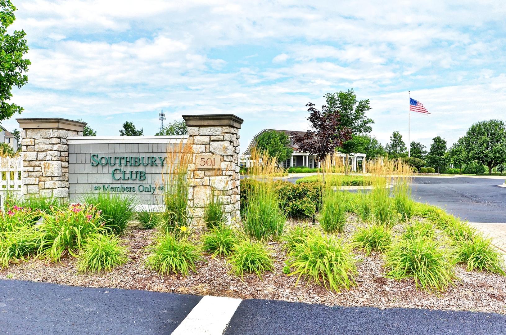 843 Shadowbrook, Oswego, Illinois, 60543