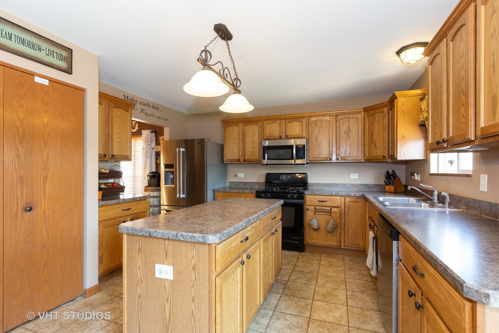 3508 Ironwood, Joliet, Illinois, 60435