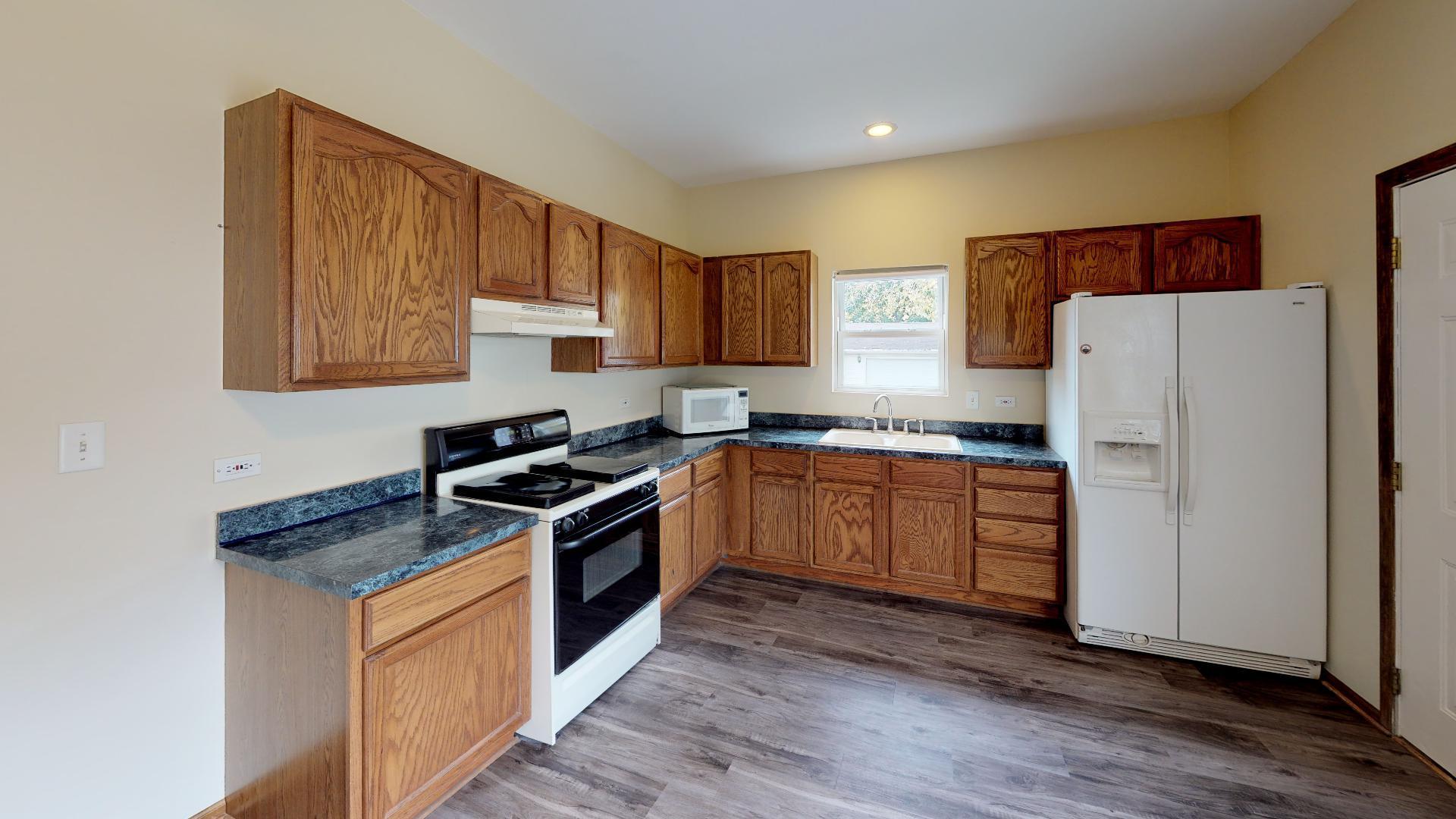 400 South Oakview, Joliet, Illinois, 60433