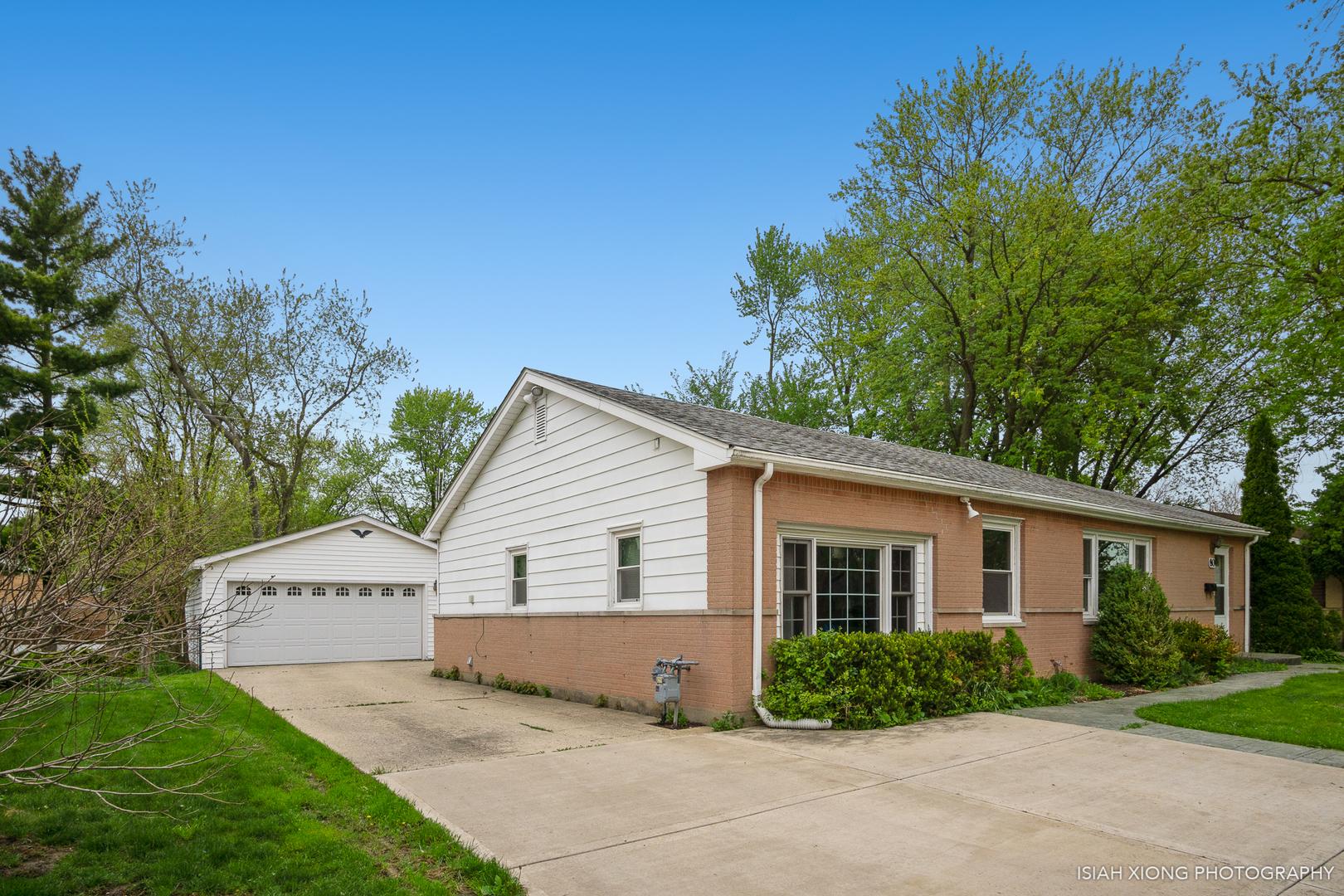80 Des Plaines, Hoffman Estates, Illinois, 60169
