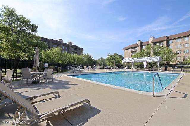 1280 Rudolph 2P, NORTHBROOK, Illinois, 60062