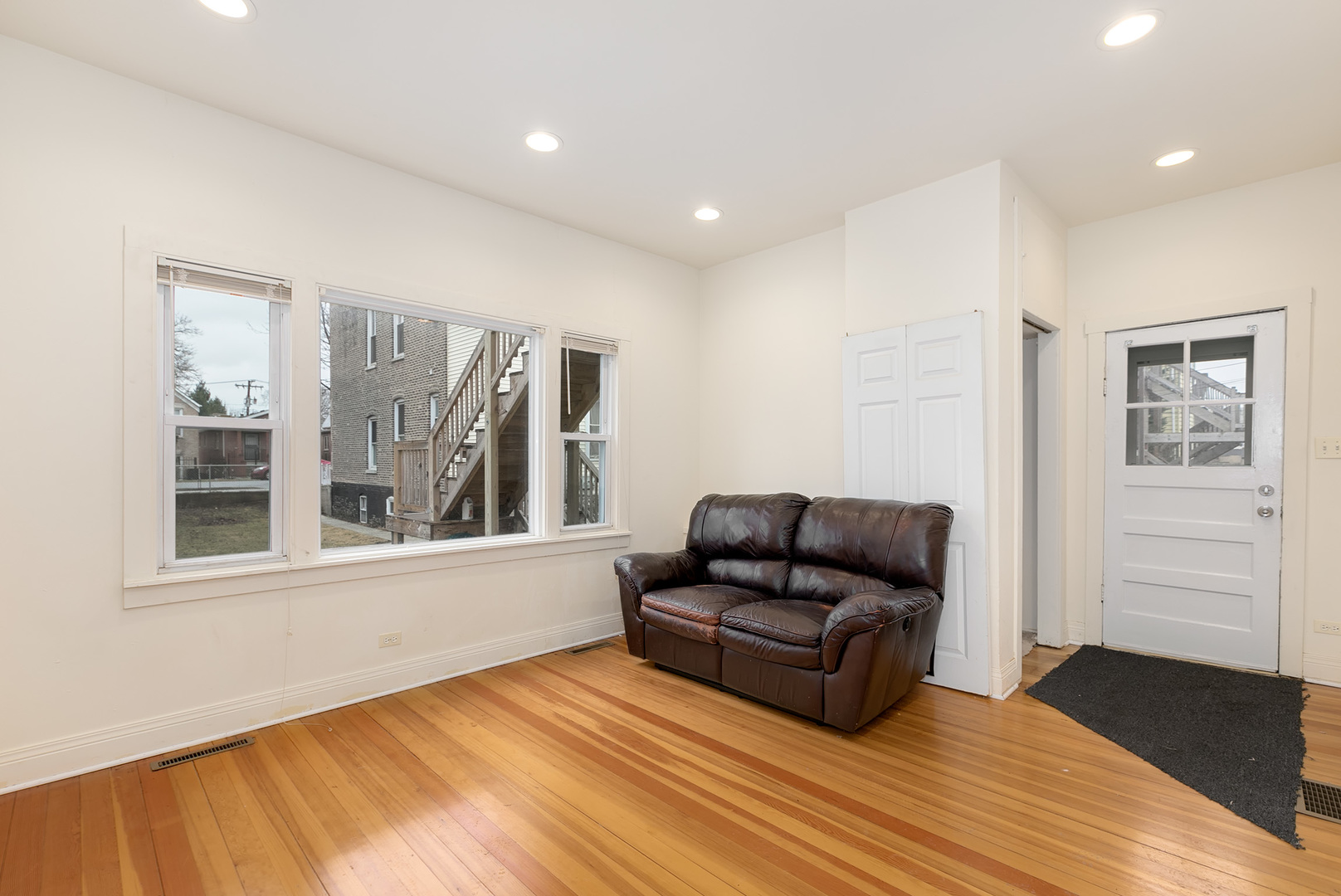 3524 South Winchester, CHICAGO, Illinois, 60609