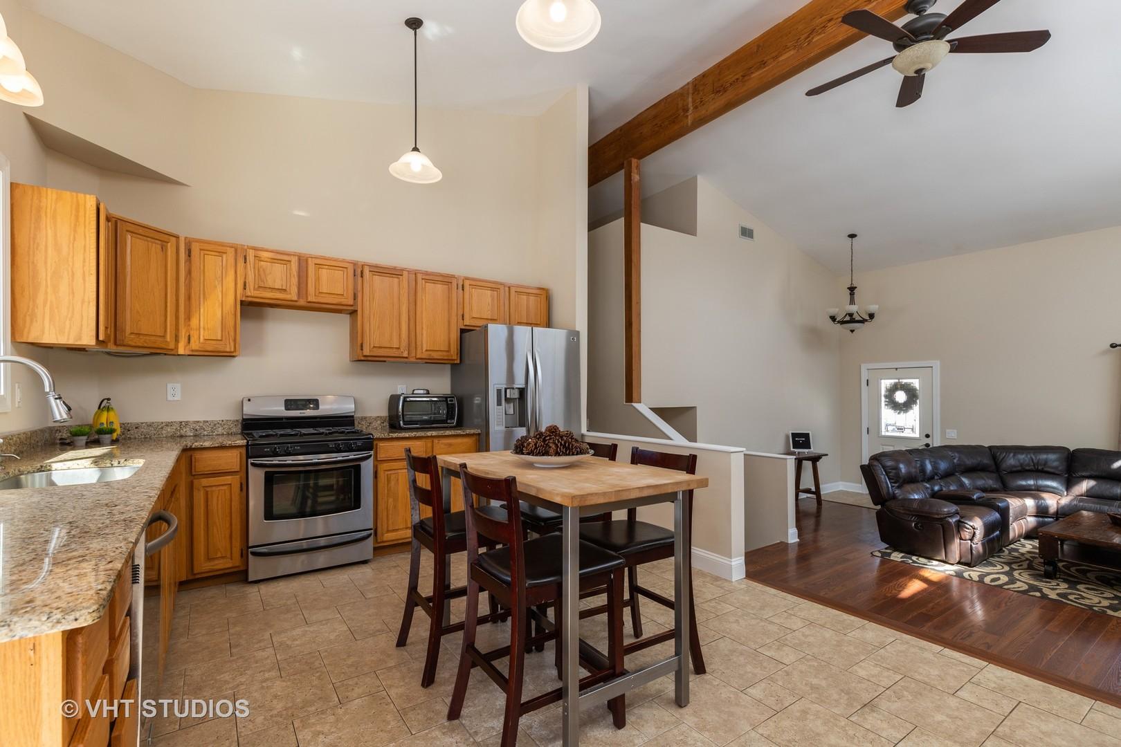 28657 West Benjamin, Spring Grove, Illinois, 60081