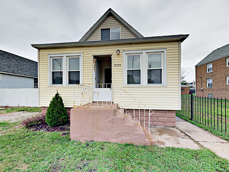 13339 S Avenue O Exterior Photo