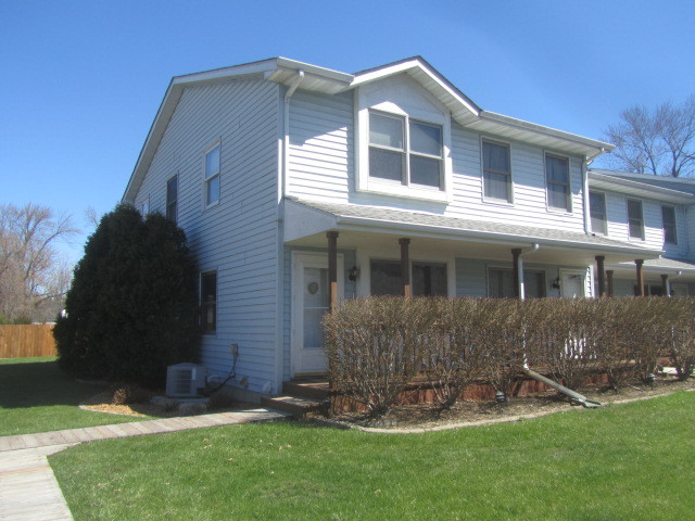 25696 West Raska Lane, Lake Villa, Illinois 60046