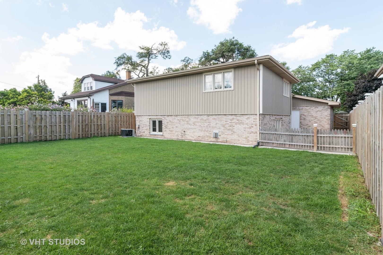 4105 Denley, Schiller Park, Illinois, 60176