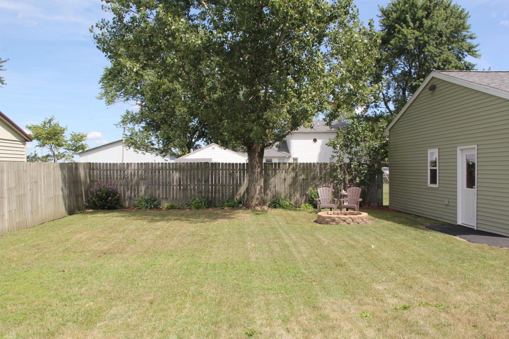 105 East Fine, Ashkum, Illinois, 60911