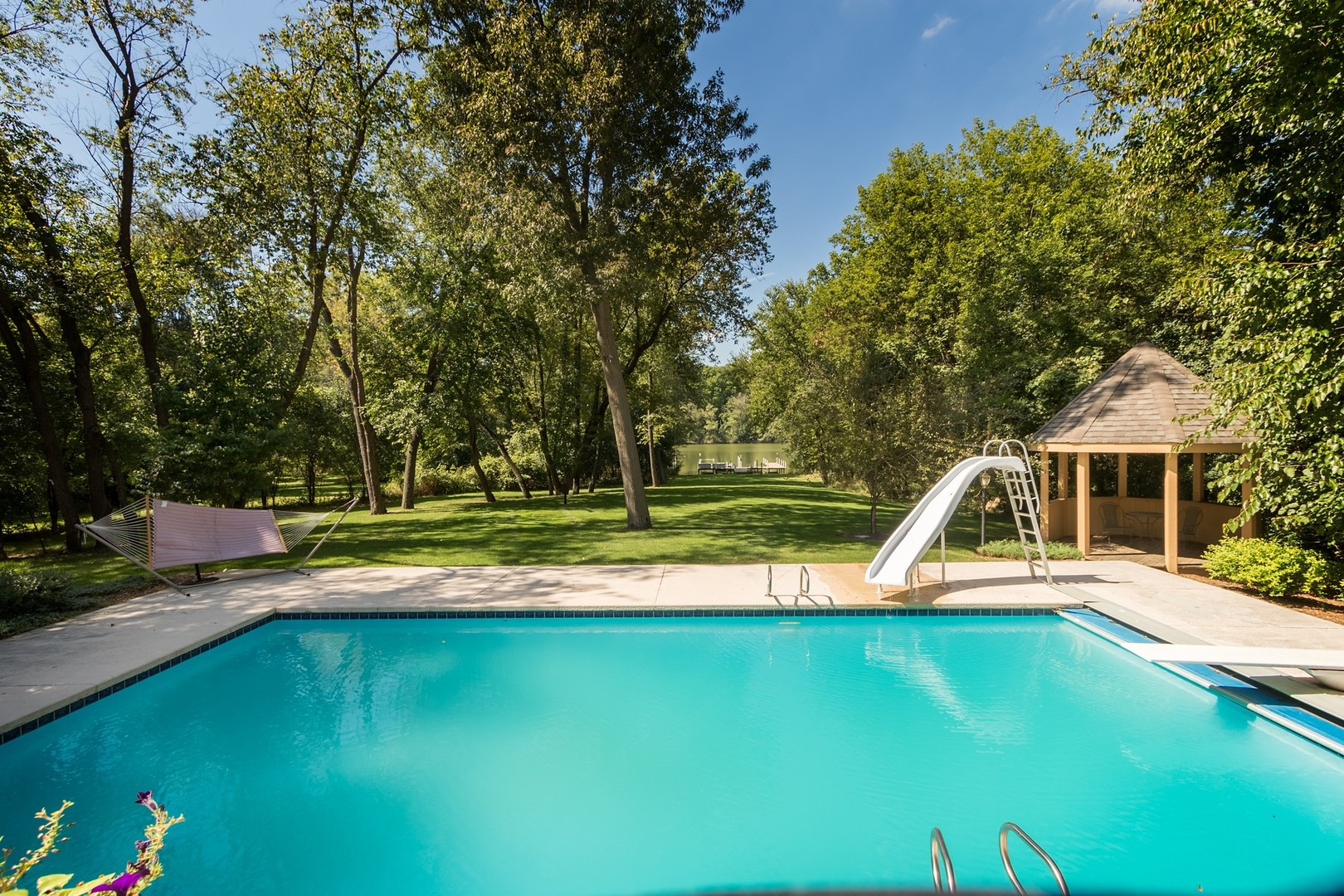 10125 North River, BARRINGTON HILLS, Illinois, 60010