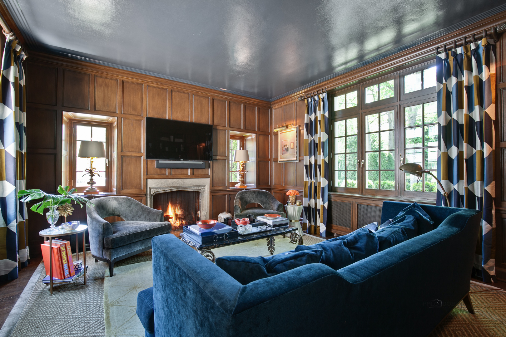 800 North Sheridan, Lake Forest, Illinois, 60045