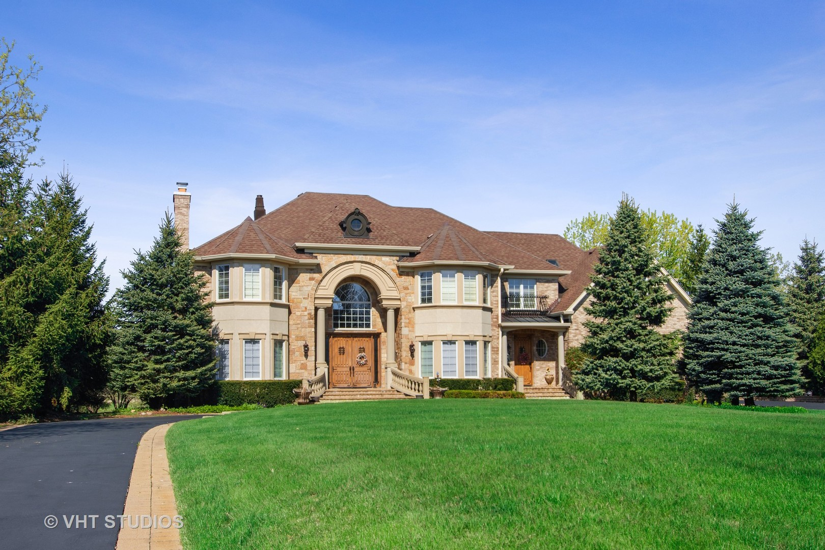 291 Joshua Drive, Hawthorn Woods, Illinois 60047
