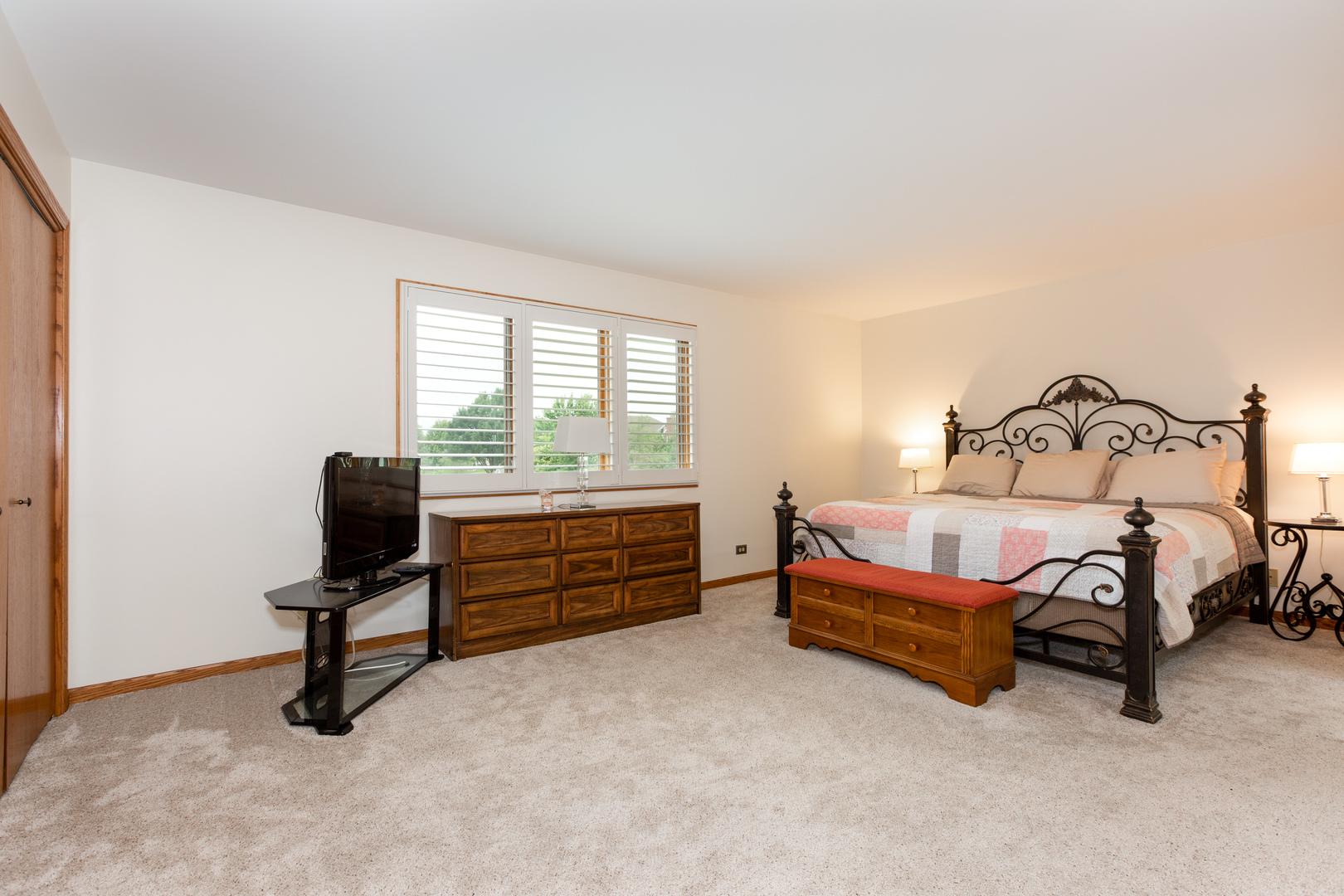 14752 Greenbrier, Homer Glen, Illinois, 60491