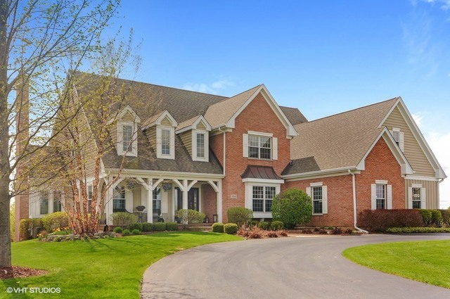 104 Governors Way, Hawthorn Woods, Illinois 60047