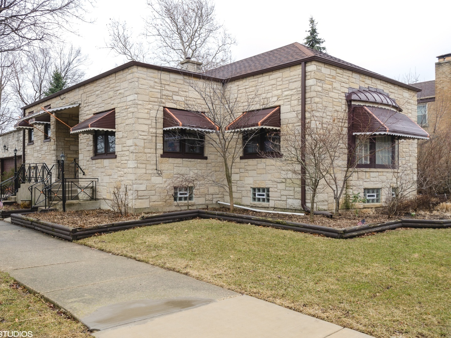 3515 W Rosemont Exterior Photo
