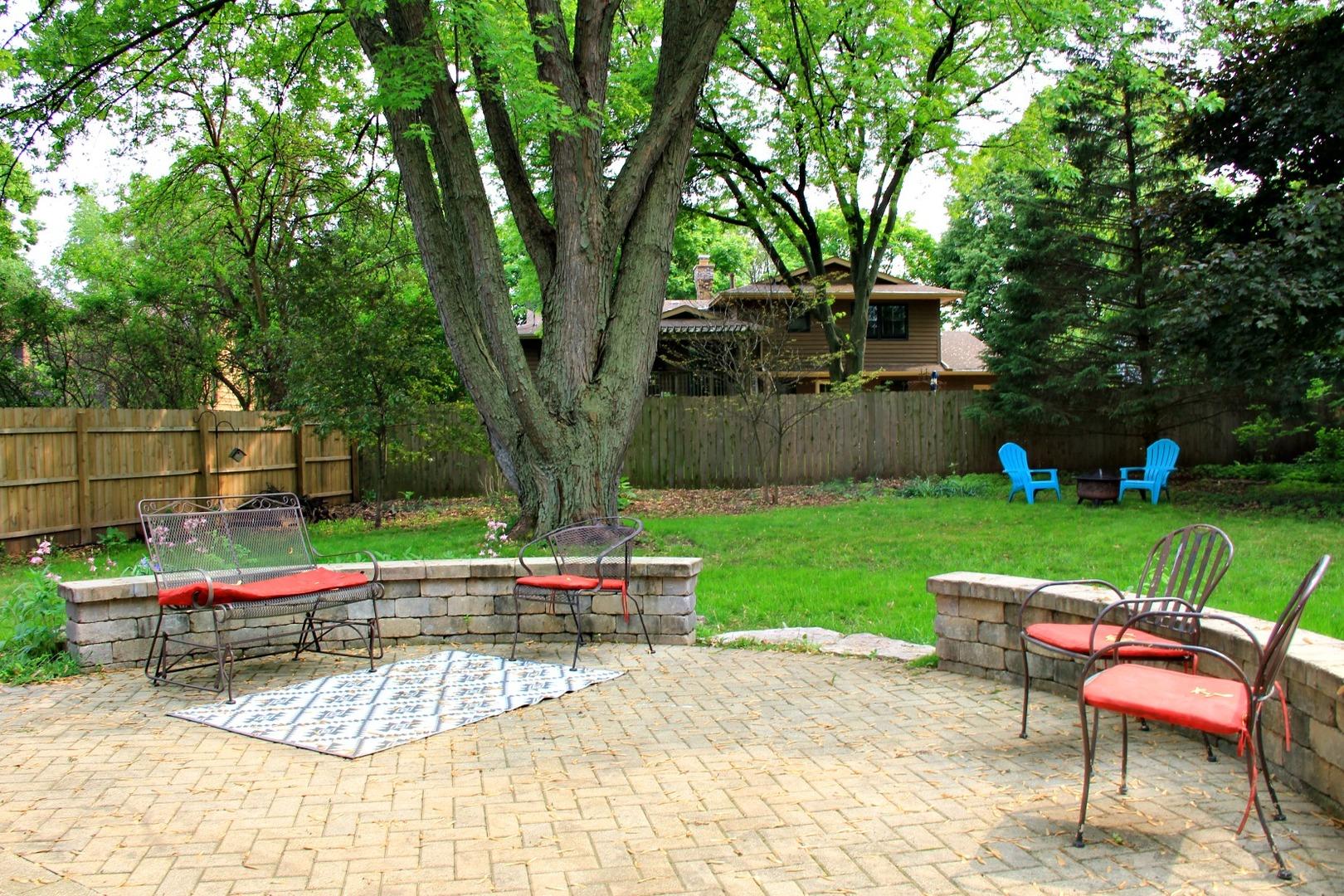 843 Margaret, ST. CHARLES, Illinois, 60174