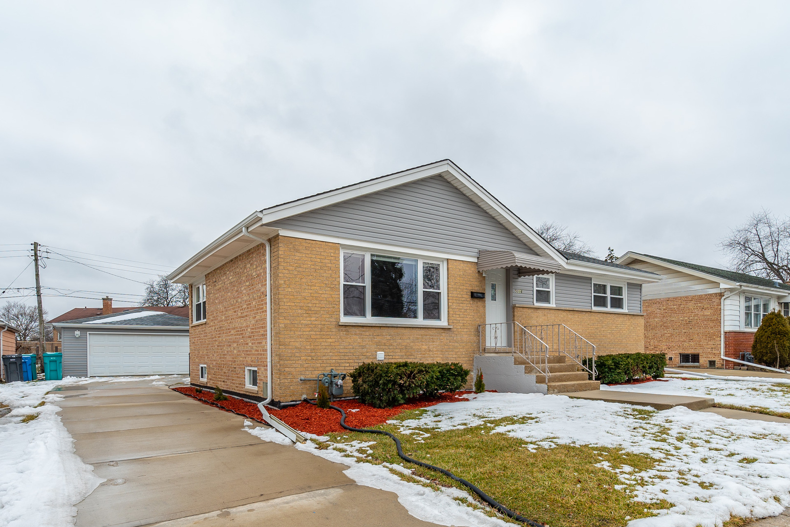 5016 West Hawthorne, Hillside, Illinois, 60162