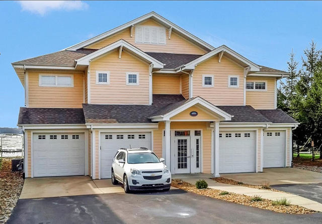 13232 Lake Shore Drive 201, Cedar Lake, IN 46303