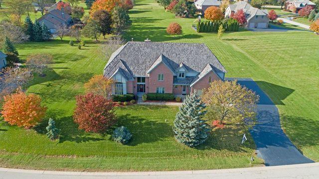 5 Middletree Lane, Hawthorn Woods, Illinois 60047