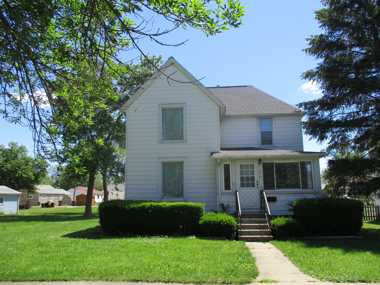 316 S Sangamon Avenue, Gibson City, IL 60936