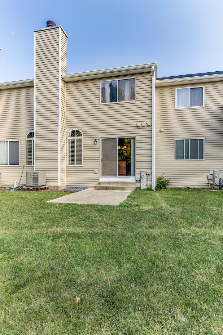 165 Winchester, STREAMWOOD, Illinois, 60107
