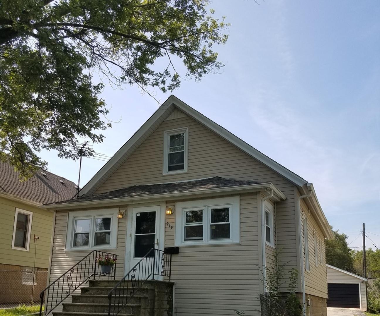 919 Deephaven, Joliet, Illinois, 60432