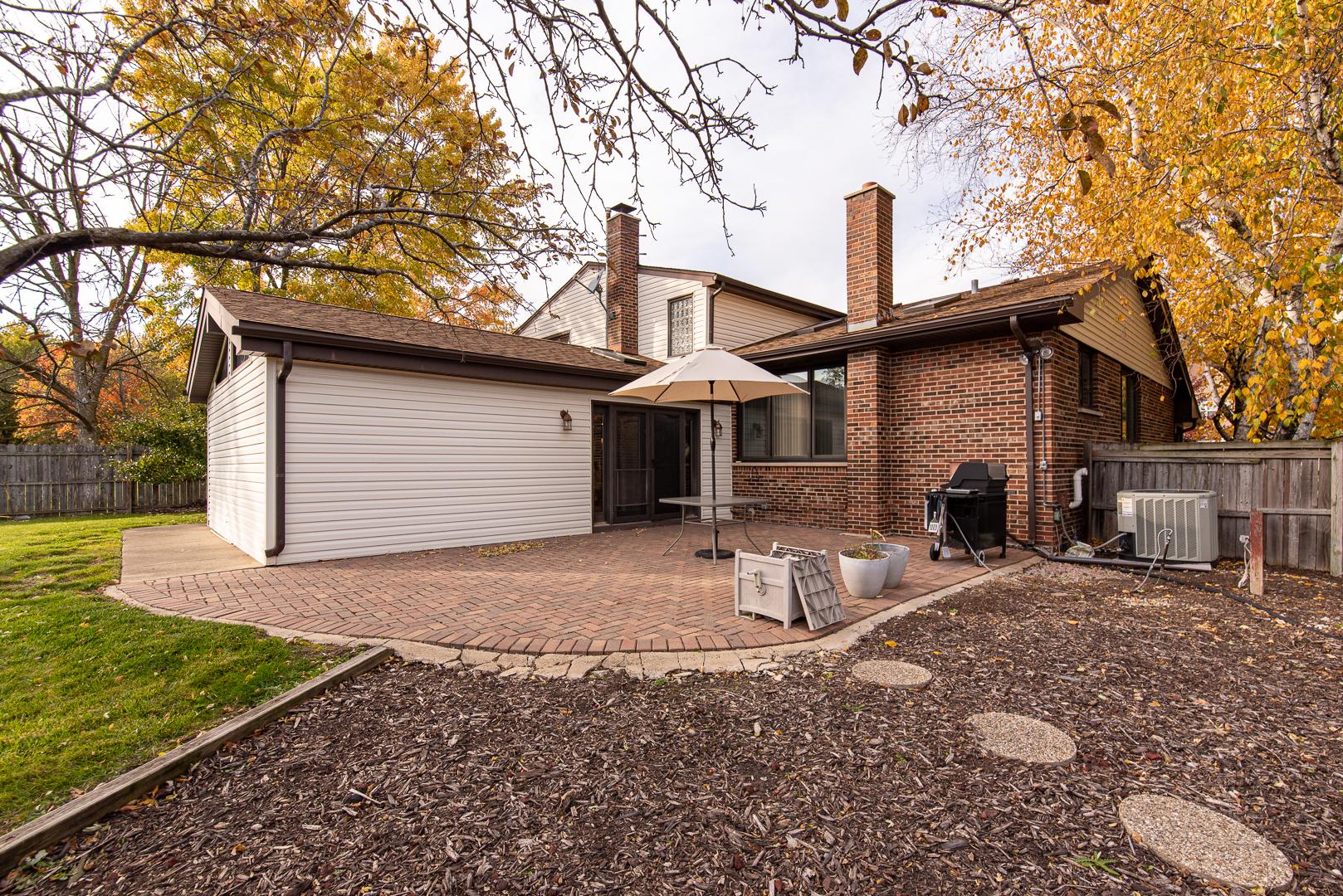 3823 Miller, Glenview, Illinois, 60026