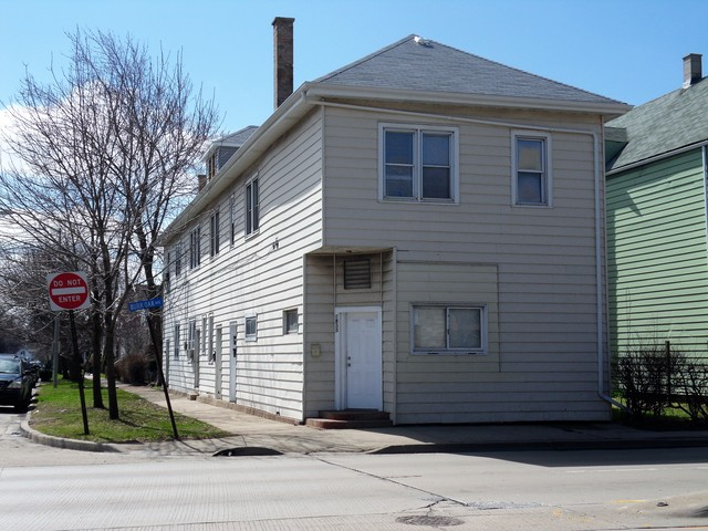 1833 Burr Oak Avenue, Blue Island, IL 60406