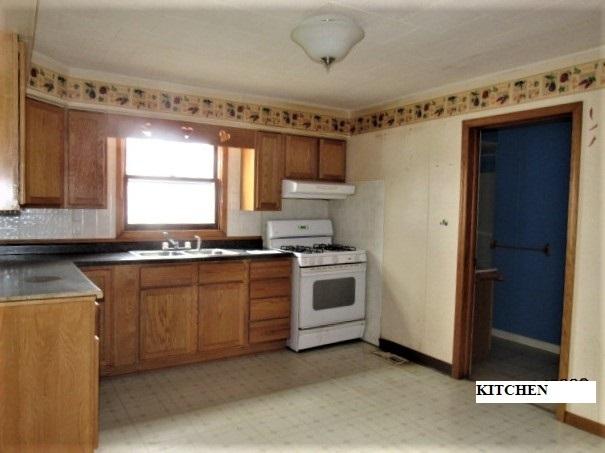 109 North 3rd, Martinton, Illinois, 60951