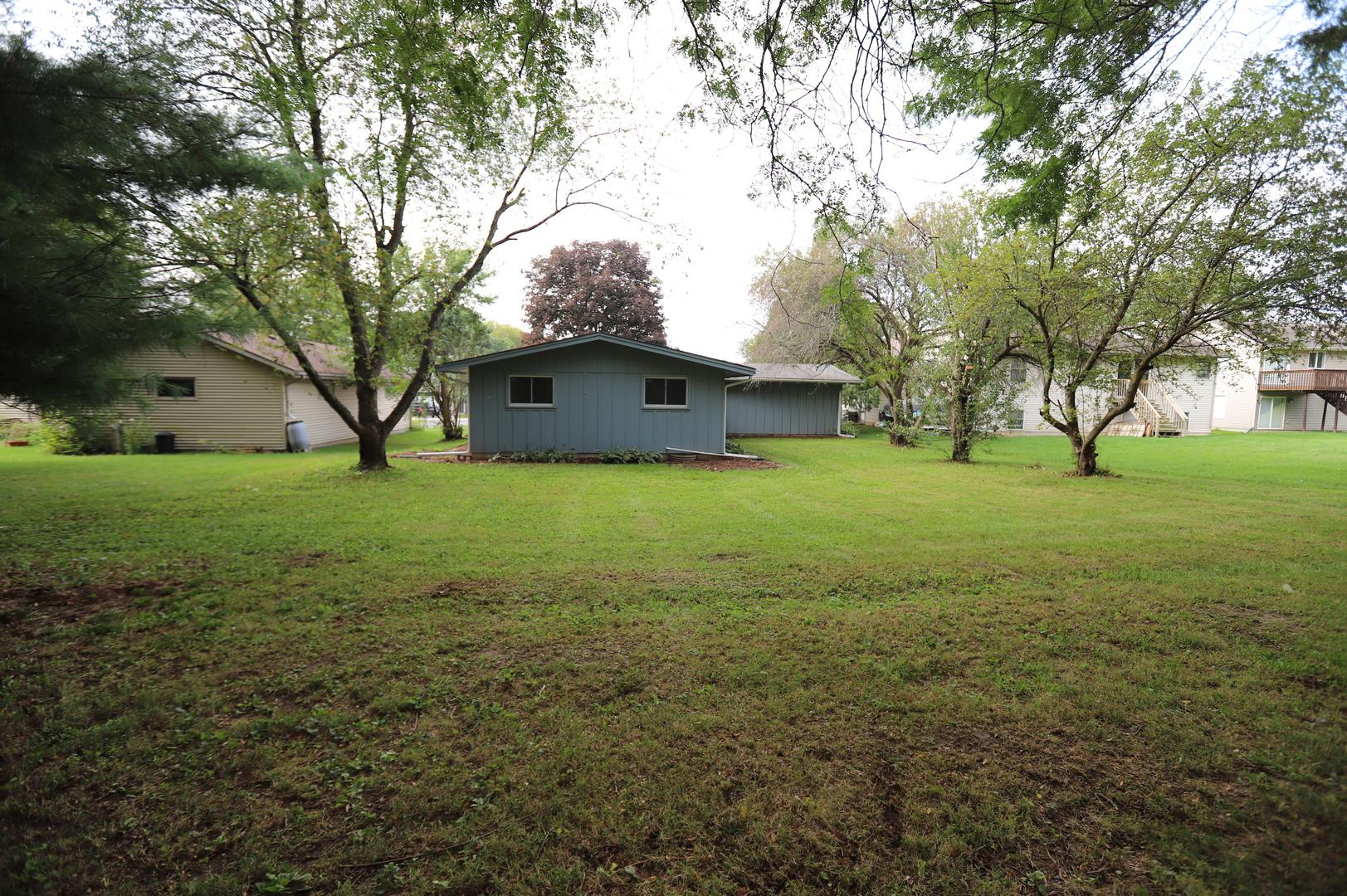909 Candlewick, Poplar Grove, Illinois, 61065