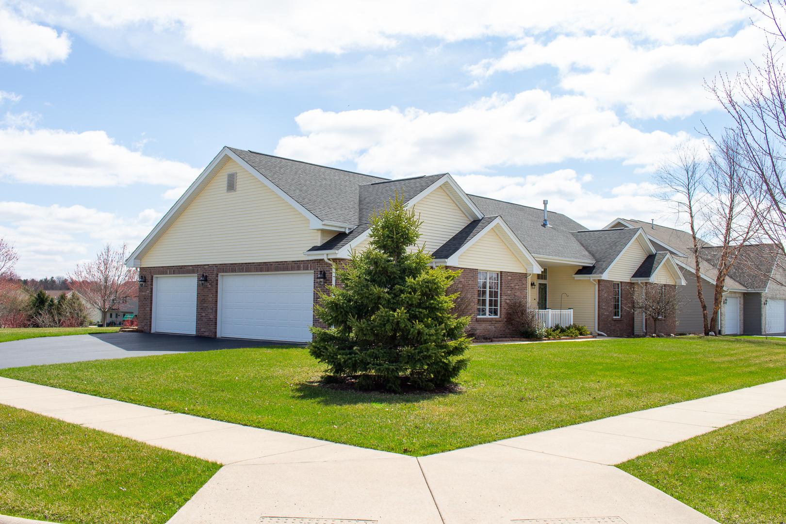 6027 Highland Meadows, Roscoe, Illinois, 61073