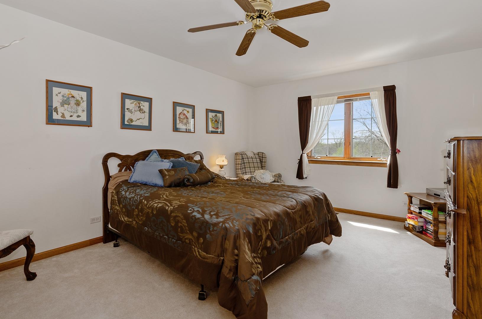 2912 Spruce, Island Lake, Illinois, 60042