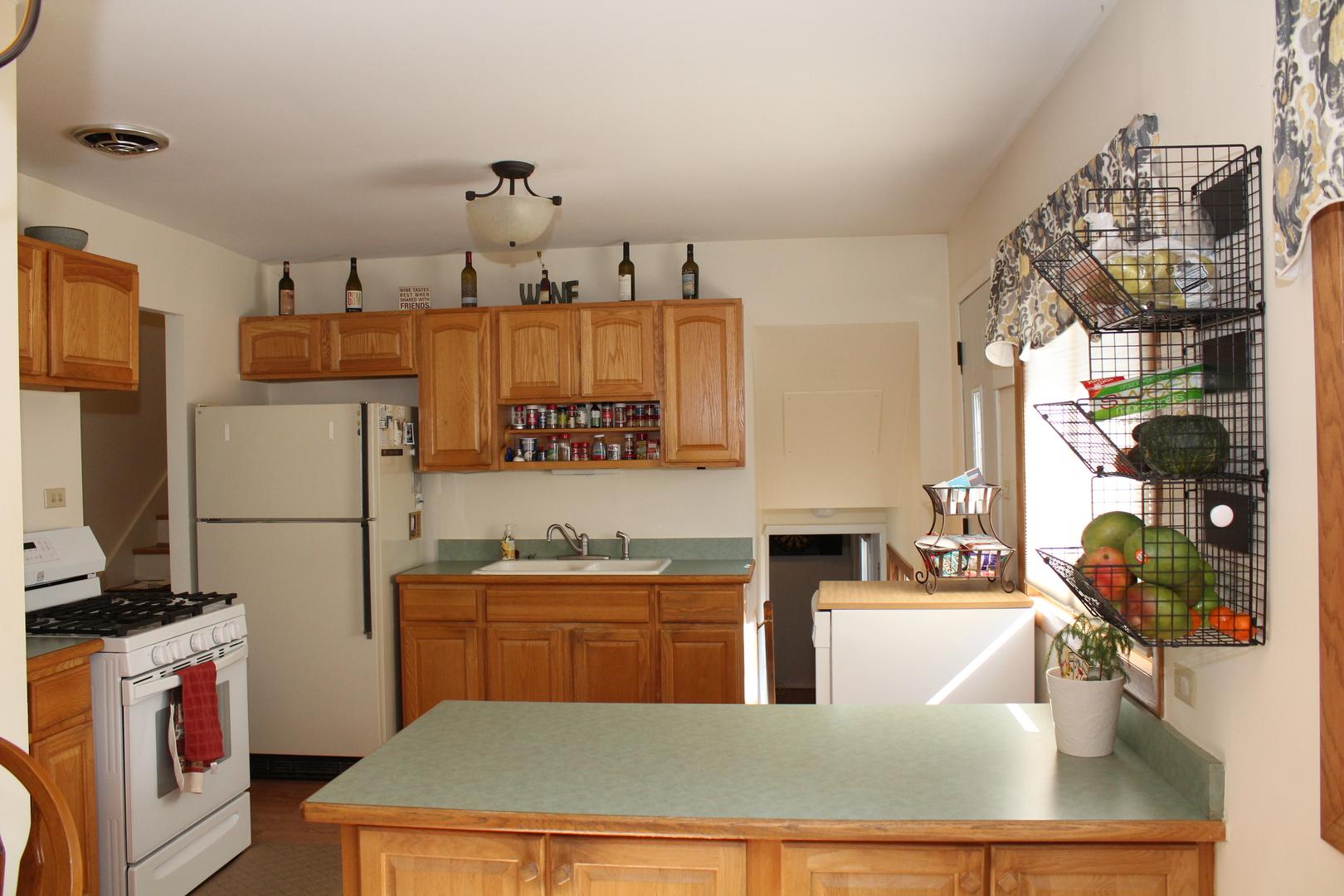 685 Flagstaff, Hoffman Estates, Illinois, 60169