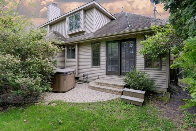 2602 Robeson Park, Champaign, Illinois, 61822