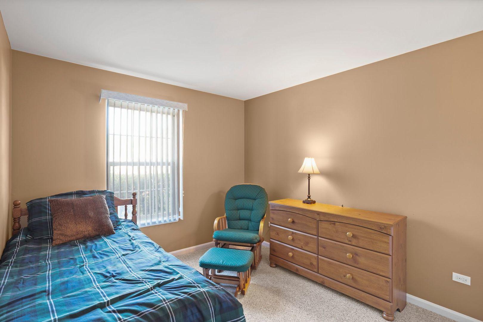 1195 Talbots 1195, ELK GROVE VILLAGE, Illinois, 60007