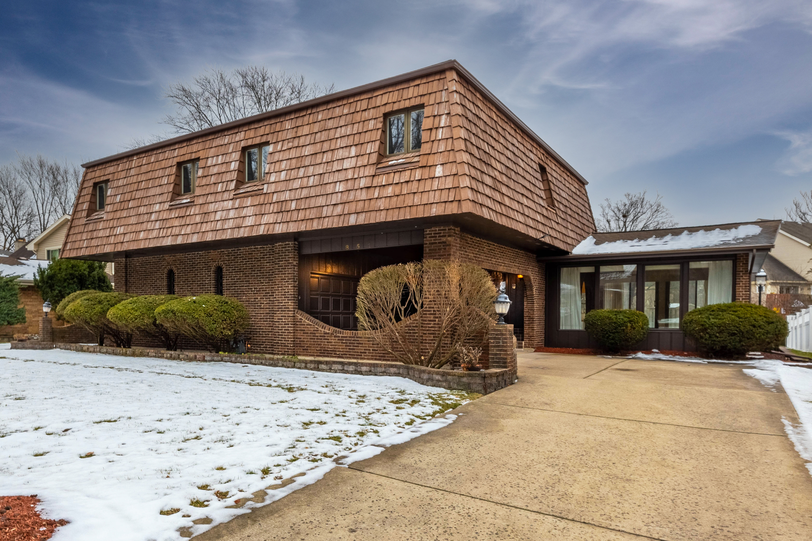 851 Valley View Drive, Downers Grove, Il 60516